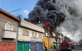 Incendio en bodega en la colonia renovación Foto/@Bomberos_CDMX