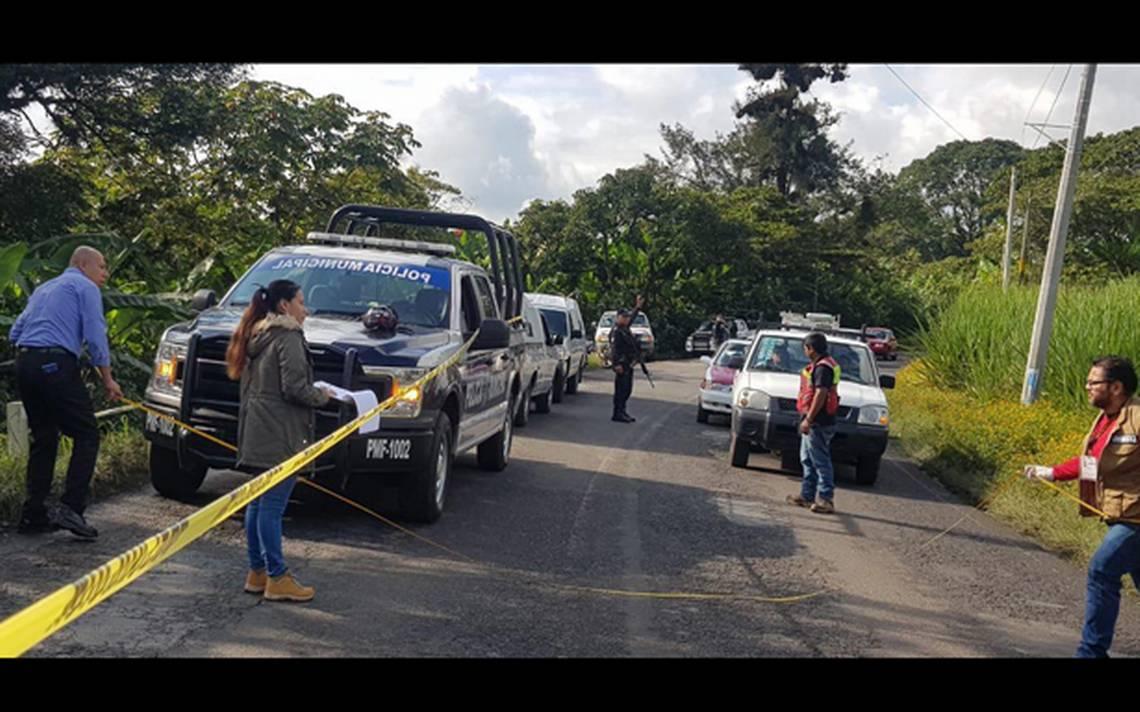 Muere motociclista tras derrapar y caer en desnivel en Veracruz - La Prensa